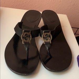 Gucci low heel sandals 👡